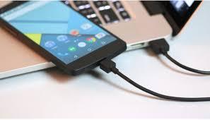 NÊN HAY KHÔNG NÊN SẠC PIN ĐIỆN THOẠI BẰNG CỔNG USB LAPTOP?